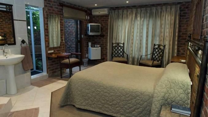 Sleepover Lodge Accommodation near Windmill Casino